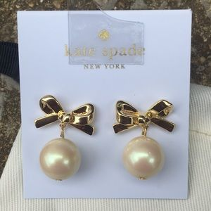 Kate Spade ♠️ Skinny Mini Drop Pearl Earrings